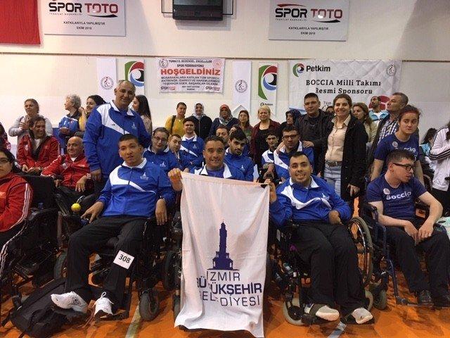 İzmir Büyükşehir Belediyespor boccia ekibi dereceler aldı